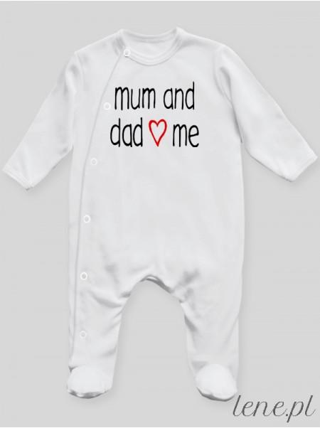 Mum And Dad Love Me 01 - pajac niemowlęcy